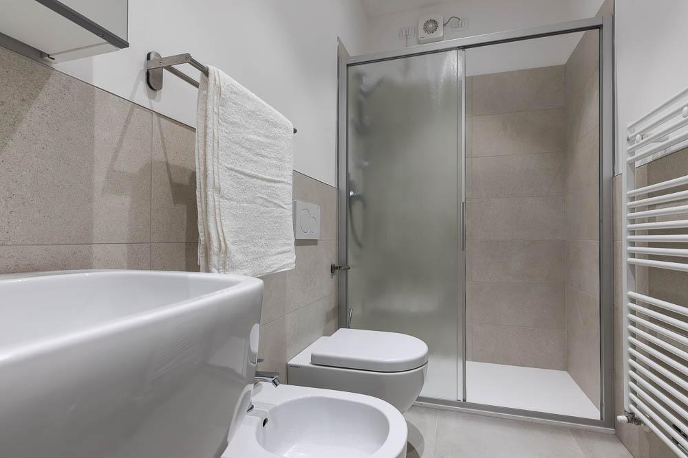 BnB Verona - First Bathroom